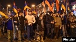 «Նոր Հայաստան»-ի դեկտեմբերի 2-ի երթը Երևանում