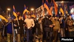 Шествие «Новой Армении» в Ереване, 2 декабря 2015 г.