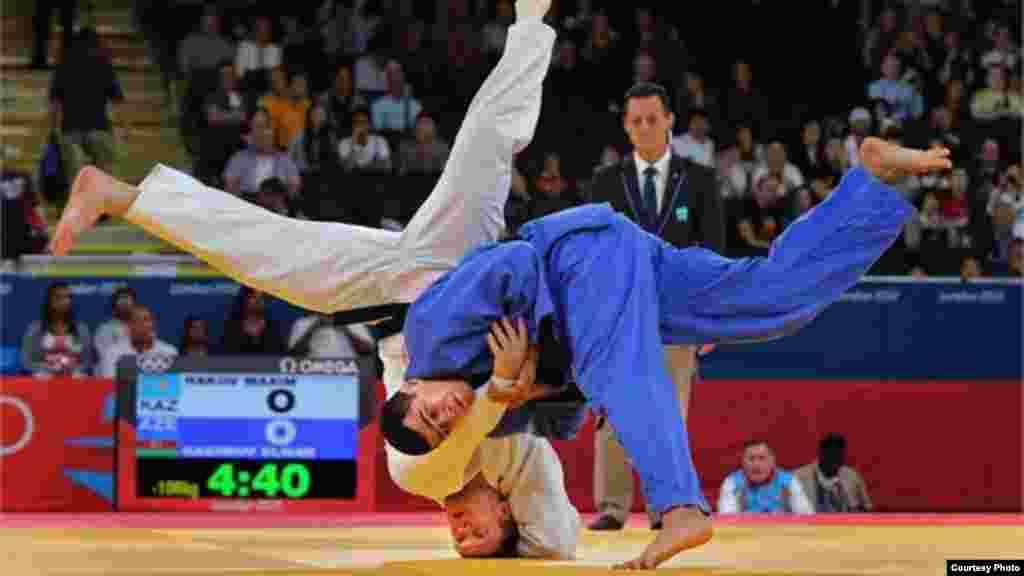 Чемпион мира Максим Раков не смог взойти на олимпийский пьедестал. 9 августа 2012 года. Фото с официального сайта Олимпийских игр в Лондоне.