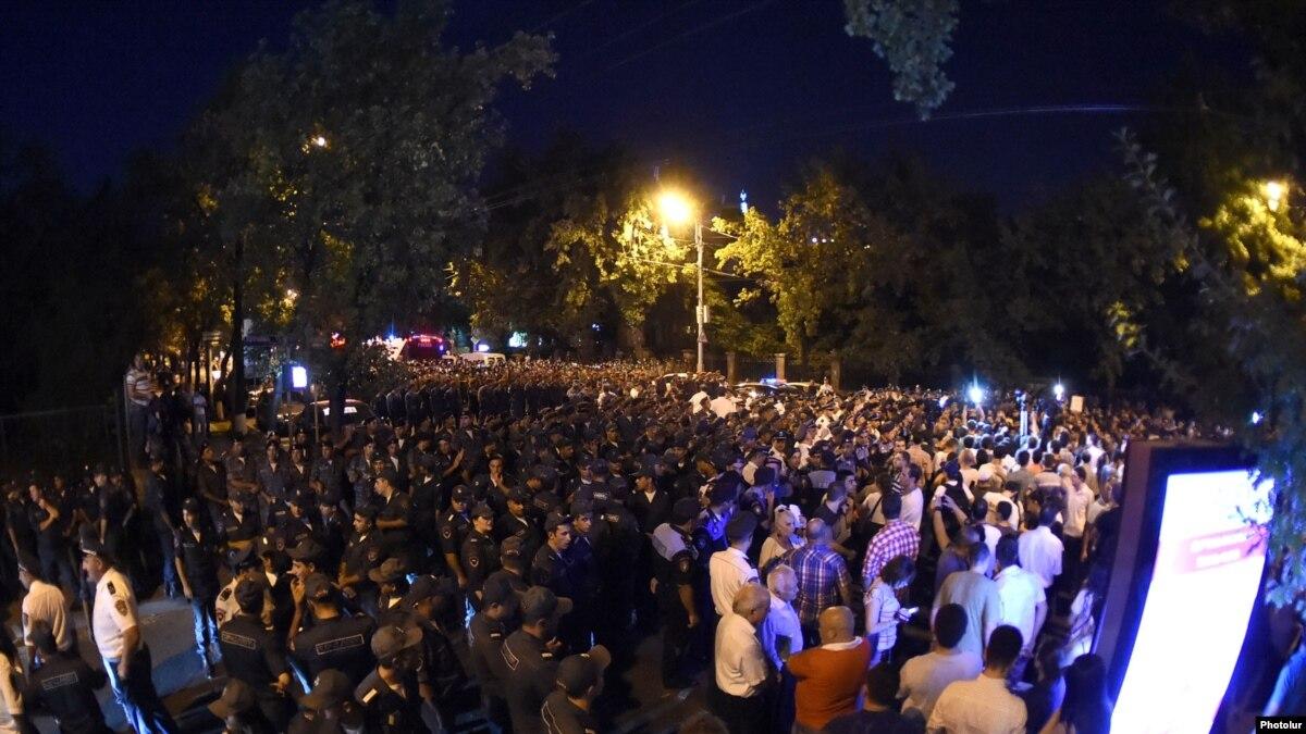 Yerevan Protesters Block Key Street