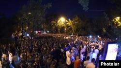 Новий протест у центрі Єревана, 11 вересня 2015 року