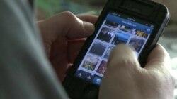 Американцев лечат от смартфонов и интернета