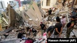 تیم های نجات در لبنان