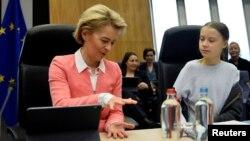 Грета Тунберг участва в заседанието на Европейската комисия по покана на председателката ѝ Урсула фон дер Лайен, за да изложи възгледите си за климата