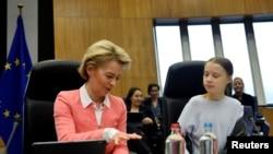Švedska aktivistkinja Greta Tunberg na sastanku šefice Evropske komsije Ursula fon der Lajen i evropskih komesara