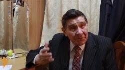 """75 яшьлек Хәлим Җәләл: """"Камал театры күтәренке чорын кичерә"""""""