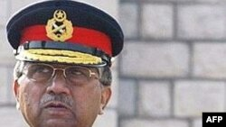 Ин либоси низомиро Парвиз Мушарраф дигар ба бар нахоҳад кард