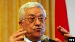 آقای عباس گفت که هر گونه توافق صلح با اسرائيل را به همه پرسی ساکنان سرزمين های فلسطينی خواهد گذاشت.(عکس: epa)