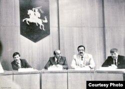 Зьлева направа: Алесь Суша, Зянон Пазьняк, Міхась Ткачоў і Юры Хадыка