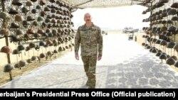 Ադրբեջանի նախագահ Իլհամ Ալիևը «ռազմական ավարի պուրակում», Բաքու, 12-ը ապրիլի, 2021թ․