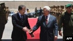 مراسم استقبال رسمی محمود عباس از رومانو پرودی