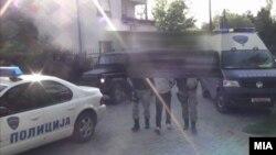 Апсењето на осомничените во случајот со петкратното убиство во Смиљковци.