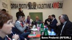 """Opozicione političke partije i predstavnici protesta """"Odupri se 97.000"""" postigli dogovor o """"Sporazumu za budućnost""""."""