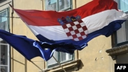 Hrvatski premijer Andrej Plenković sastao se u utorak u Zagrebu s ukrajinskim kolegom Volodimirom Grojsmanom