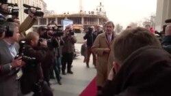 Hahn në Shkup, pritet të shtyjë përpara formimin e Qeverisë