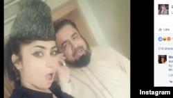 قندیل بلوچ با مفتی عبدالقوی خان