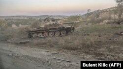 Илустрација - Уништен тенк во Нагорно Карабах