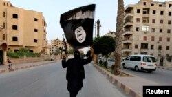 """""""Ислам мамлекети"""" радикал уюшмасынын мүчөсү. Ирак."""