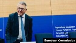 Никола Шмит, еврокомесар за труд и социјални права