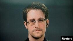 Бывший сотрудник агентства национальной безопасности США Эдвард Сноуден.