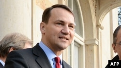 Where will Poland's Radoslaw Sikorski wind up?