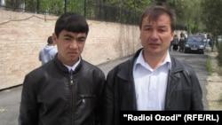 Эраҷ Исоев (чап) ҳамроҳ бо Қаҳрамон Умаров