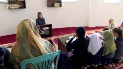 I deca na Kosovu na predavanjima o veronauci