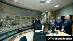Armenia -- Prime Minister Hovik Abrahamian visits the Metsamor nuclear power plant, 6May2015.