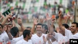 آخرين گل سايپا را علی دايی به ثمر رساند و پس از آن برای هميشه با بازی فوتبال خداحافظی کرد.
