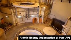 Реактори оби сангини Ароқ