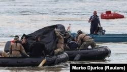 Дайверы нашли еще несколько тел погибших
