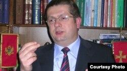 Prethodni Nacionalni savet optuživan za nezakonito trošenje novca: Nenad Stevović