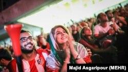تماشای آزاد بازی ایران و اسپانیا در ورزشگاه آزادی