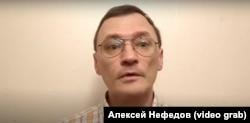 Сотрудник участковой избирательной комиссии №1967 в Новосибирске Алексей Нефедов
