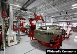 Tesla zavodu, Kaliforniya, ABŞ