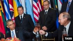 Барак Обама на торжественном приеме лишь формально произнес тост
