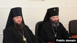 Епископы Савва (слева) и Юстиниан