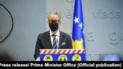 Ministri i Shëndetësisë, Arben Vitia.