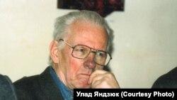 Васіль Быкаў у Празе, 2008