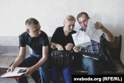 Сын, сястра і муж забітай настаўніцы Марыны Пархімовіч