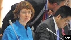 На ядерних переговорах у Москві 19 червня 2012 року: ліворуч Катрін Аштон