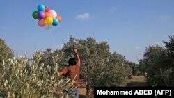 این بادکنکها عامل آتشسوزی در کشتگاههای اسرائیل در جوار باریکه غزه هستند.
