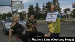 Знімки Ірини Довгань, над якою в Донецьку знущалися сепаратисти і їх прихильники, минулого року облетіли багато світових ЗМІ