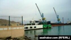 Türkmenbaşy porty, (Illýustrasiýa)