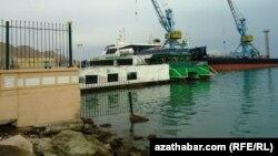 Порт Туркменбаши (иллюстративное фото)