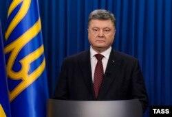 Петр Порошенко выступает с обращением к народу в связи с приговором Надежде Савченко. 22 марта