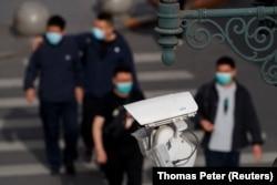 Китайские компании поставляют технологии наблюдения и распознавания лиц в Центральную Азию
