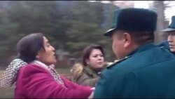 Президент қабулхонаси олдида пикет қилган 5 аёлдан бири 5 кунга қамалди