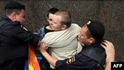 Затрыманьні ў Маскве падчас гей-прайду