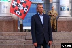 Один из лидеров УНА-УНСО Игорь Мазур в 2019 году вышел из партии и выиграл конкурс на должность сотрудника секретариата уполномоченного по правам человека в Верховной раде. В этом же году он был задержан в Польше по запросу России, но вскоре отпущен